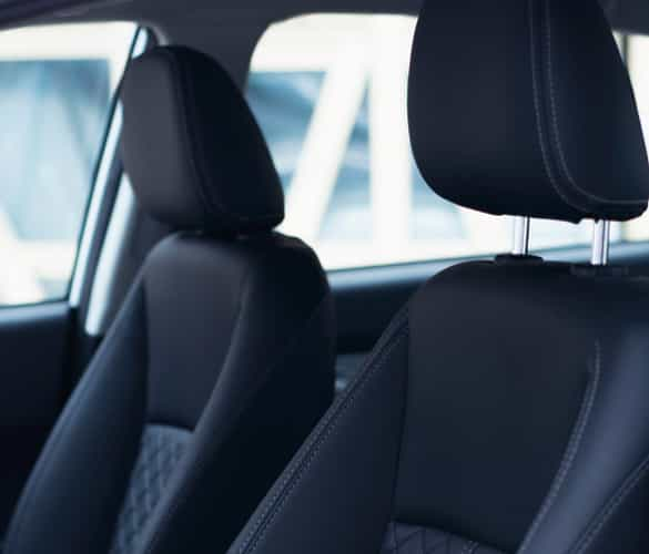 z560-asientos-cuero-reclinables