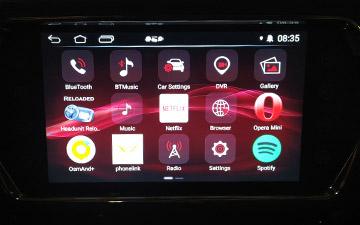 SUV Ambacar con diseño italiano Soueast DX3 con pantalla Android