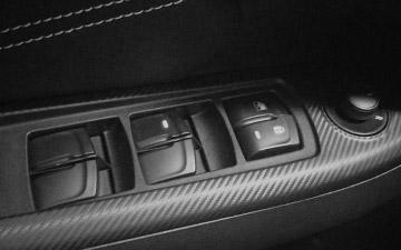 SUV Ambacar con diseño italiano Soueast DX3 con 4 vidrios eléctricos