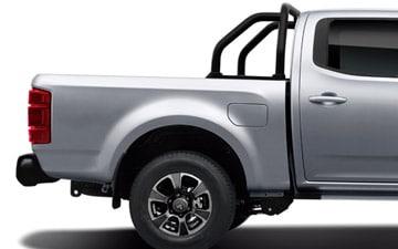 Camioneta Ambacar Great Wall Wingle 7 con parachoque posterior y roll bar metálico