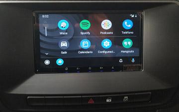 Camioneta Ambacar Great Wall Wingle S con radio CarPlay y Android Auto