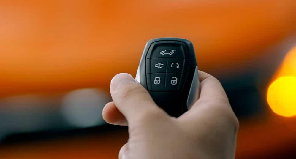 SUV Ambacar Soueast DX3 llave inteligente