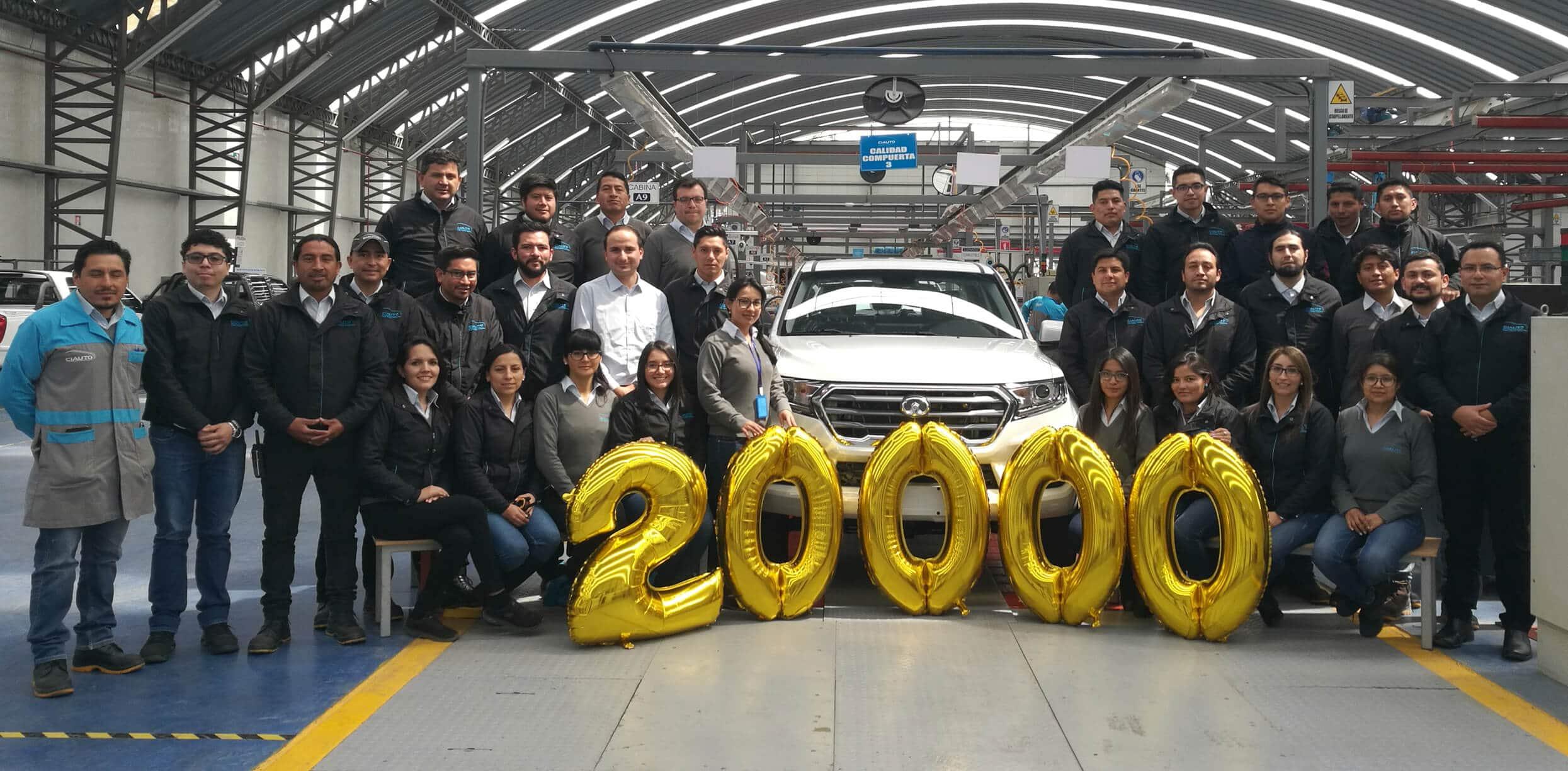 La camioneta más vendida en el país fue nuestro carro 20.000 ensamblados en CIAUTO