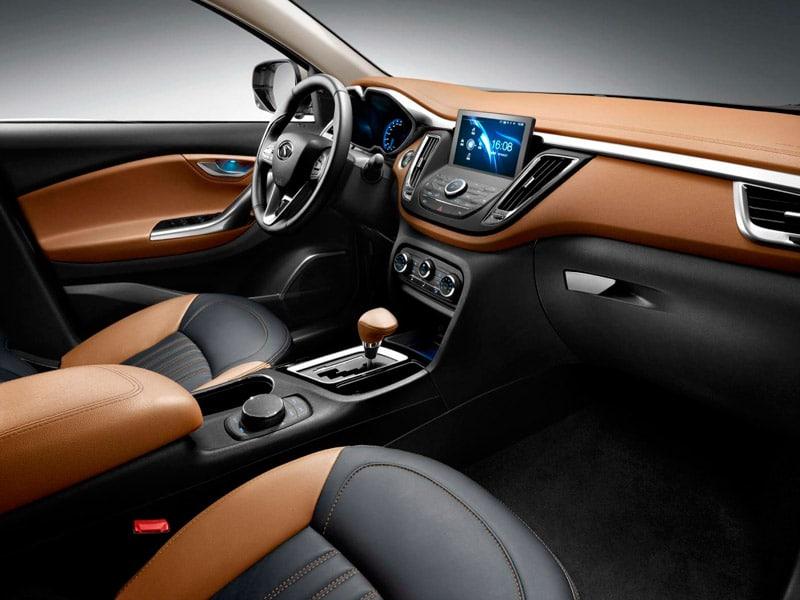 SUV Soueast DX7 transmisión automática