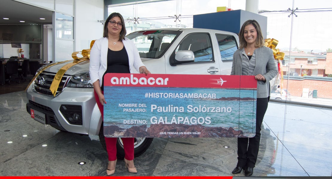entrega de premio viaje a Galápagos de historias Ambacar