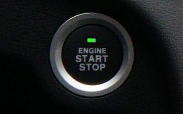 SUV Ambacar Shineray SWM con botón de encendido