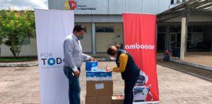 Noticias Ambacar, donación de mascarillas en concesionario Coca