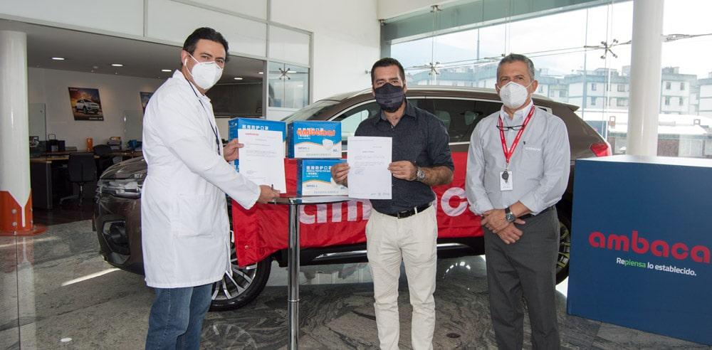 Noticias Ambacar, donación de mascarillas en concesionario Granados Quito