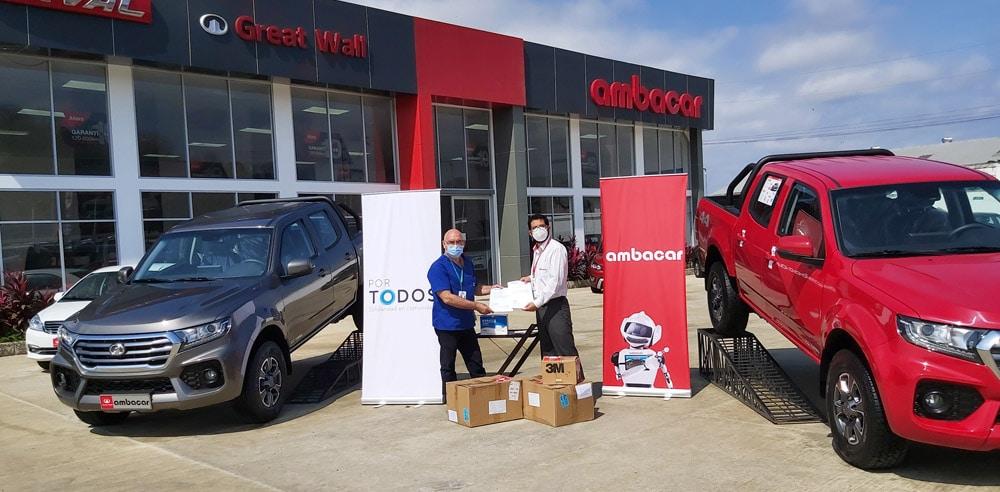 Noticias Ambacar, donación de mascarillas en concesionario Portoviejo