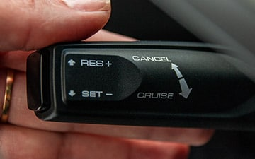 SUV Ambacar H6 tercera generación velocidad crucero adaptativo