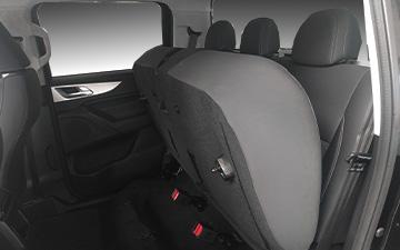 Camioneta Ambacar con asientos abatibles